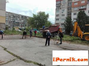 Строят спортна площадка в Перник 05_1464260259
