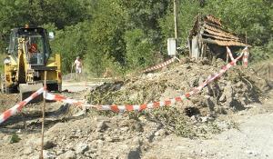 """Кметът на Перник провери как върви строежът на новото трасе на ул.""""Райна Княгиня"""" 08_1502985555"""