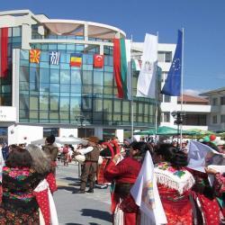 "С пореден златен медал се прибра певческата самодейна група""Славена"" 09_1504797843"