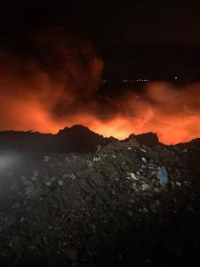 Старото сметище в Перник се е запалило 09_1506440471
