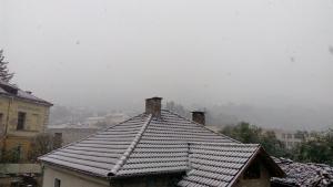 Първият сняг за годината заваля в Трън 10_1507457888