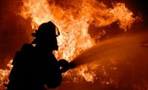 Два пожара в апартаменти са гасени от пернишките огнеборци 11_1510646208