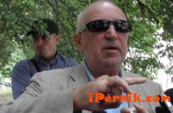 Бившият шеф на Миньор Перник превърна язовир Пчелина в лично владение