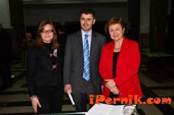 Д-р Камелия Божилова, д-р Руслан Иванов и г-жа Кристалина Георгиева
