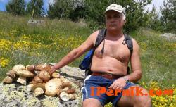 Росица Янакиева съкрати гъбар №1 на Перник 07_1404899617
