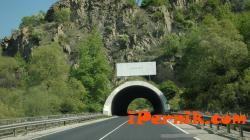 Работник е пострадал при автомагистралра Струма 09_1410764304