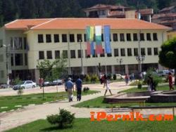 Учениците няма да учат на празника на Трън 09_1411975185