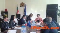 Полиция, Митница и Областна администрация дискутираха  нерегламентирания добив на въглища в Перник 10_1414068124