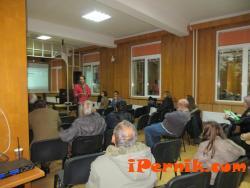Жители на Брезник и Ноевци взеха отношение по въпросите за климата  10_1414746604