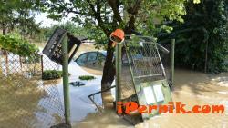 Швейцарци помагат на пострадалите от наводнението общини във Врачанско 11_1415978886