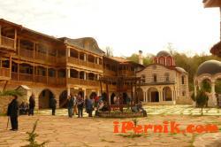 Оборът на Гигинския манастир изгоря 11_1416379297