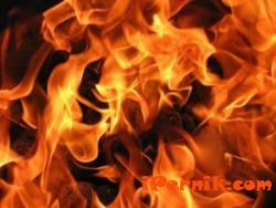 Техническа неизправност предизвика пожар в брезнишко село 12_1418639721