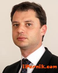 Делян Добрев ще разяснява на перничани ползите от санирането 02_1423120405