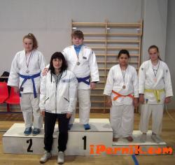 Състезателка от Перник спечели бронзов медал по джудо 02_1424766824