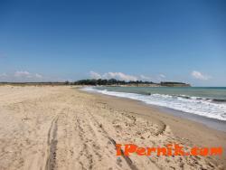 Изляли са бетон на защитен плаж 03_1425984224