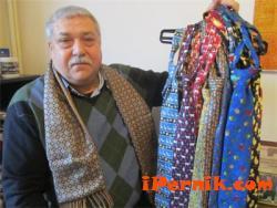 Археолог изразява индивидуалността си с вратовръзки 03_1427104414