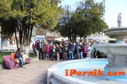 95 души участваха в Маратона по четене в Радомир 04_1427871888