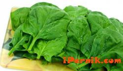 Яжте зеленолистни зеленчуци, ще ви предпазят от деменция 04_1427970317