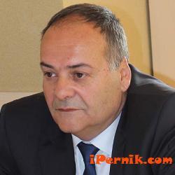 Нямаше много хора от гражданското общество  на представянето на бюджета на община Перник 04_1428042564