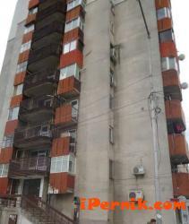 Домоуправител наряза кабелите на цял блок в Бургас 04_1429791278