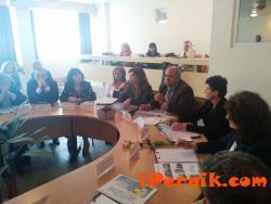 Намаляват учениците в професионалните гимназии 05_1430664338