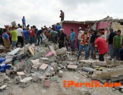 Индийци и мексиканци са загинали, едните от жега, другите от торнадо 05_1432628455