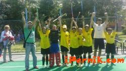 Хокеистите на трева от Перник спечелиха турнир в София 06_1434782049