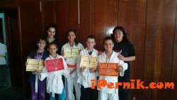 """Възпитаниците на СК """"Перун"""" взеха осем медала от последното състезание за годината 06_1435644596"""