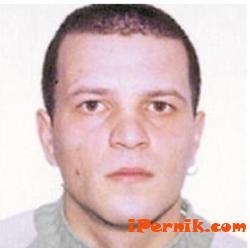 Убиец от Перник нападна надзирател в затвора 09_1441795818