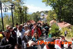 4000 души посещават Кръстова гора 09_1442220420