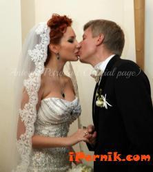 Антония Петрова-Бередин отпразнува две години от сватбата си 09_1443509493