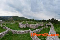 """Приключи ремонтът на средновековната крепост """"Кракра"""" в Перник 11_1448380534"""