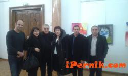 Светлин Русев прави изложби в Перник 01_1451723554