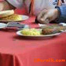 Социално слаби деца в Перник ще получават храна от БЧК 01_1452065730