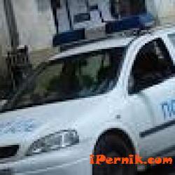 Полицаи разследват случай на изоставен автомобил с чужди номера 01_1452068049