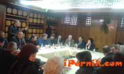 Кметовете на населени места от община Перник са недоволни от почистването на снега 01_1452069109