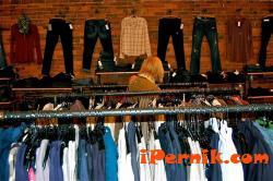 Търговци откриха как да правят пари 02_1454916241