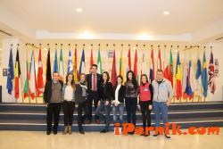 Младежи от Перник посетиха Брюксел 02_1456392869