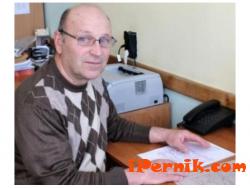 56-годишен собственик на строителна фирма влезе в класната стая 02_1456411507