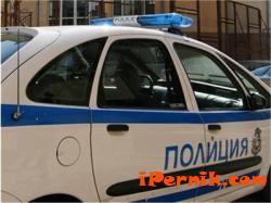 Арестуваха двама мъже и жена, обвинени за опит за измама на баба 03_1457593871
