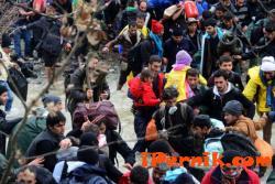 Поставят високоговорители по границата на Гърция с Македония 03_1459235506