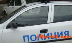 Радомирски полицаи задържаха двама за измама на възрастна жена 03_1459250226