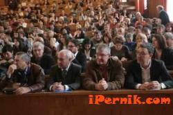 Ограничават медийните изяви на преподавателите и студентите си в СУ 04_1459489968