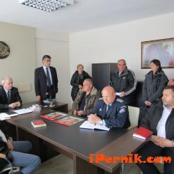 Проведоха среща на земеделците в пернишко 04_1459662420