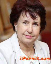 Вяра Церовска отправи поздрав към медиците за празника им 04_1460102324