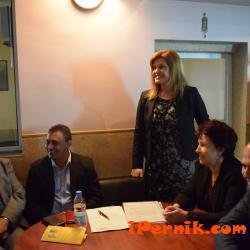 ГЕРБ откри два нови клуба в Перник 04_1460641994