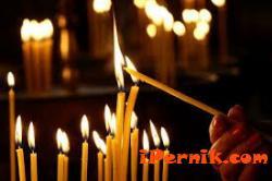 Църковни свещи на половин цена излязоха на пазарите в страната