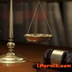 Трънчанин, съжителствал с непълнолетна, ще отговаря пред съда 05_1463718153