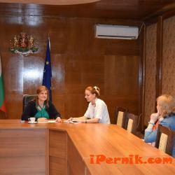 Ирена Соколова имаше приемен ден в Перник 06_1465877785