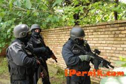 Експулсирали са 29 опасни терористи от България  07_1468652637